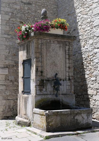 Fontaines de France et d'ailleurs - Page 4 20190614154727-669a5c69-me